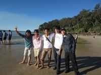 砂浜で水遊び.JPG