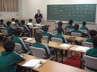 中学部長先生による英語の授業.JPG