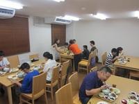 入寮体験-夕食の1コマ.JPG